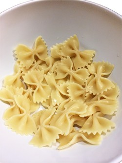 Pasta shape stickiness samples